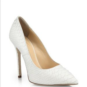 WHITE SNAKESKIN PUMPS